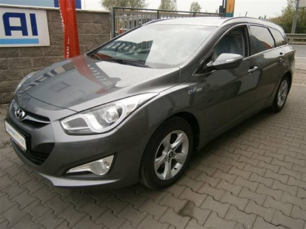 Hyundai i40 1,7 CRDi STYLE - DPH - AT, foto 1 Auto – moto , Automobily | spěcháto.cz - bazar, inzerce zdarma