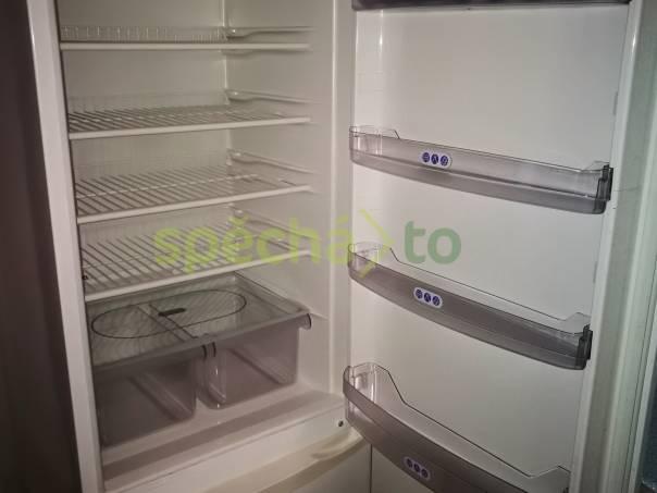 Nabízím lednici Whirpool s mrazákem, foto 1 Bílé zboží, Chladničky a mrazáky | spěcháto.cz - bazar, inzerce zdarma