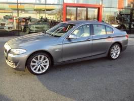 BMW Řada 5 530d xDrive JAKO NOVÉ V ZÁRUCE