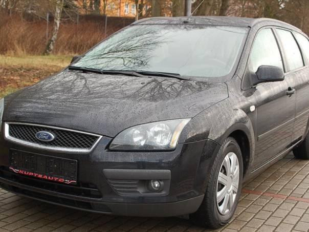 Ford Focus 1.6 i - Zetec 16V, foto 1 Auto – moto , Automobily | spěcháto.cz - bazar, inzerce zdarma