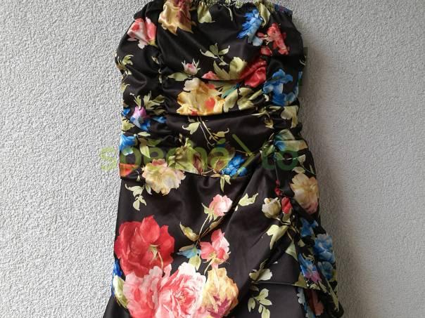 acaa454afc26 Luxusní společenské šaty