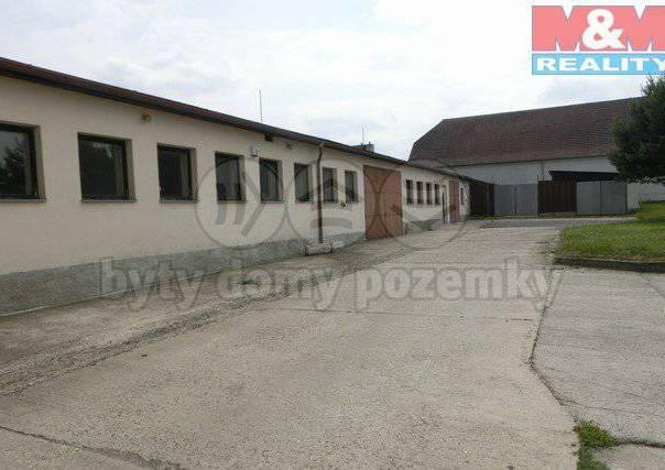 Pronájem nebytového prostoru, Veleň, foto 1 Reality, Nebytový prostor | spěcháto.cz - bazar, inzerce