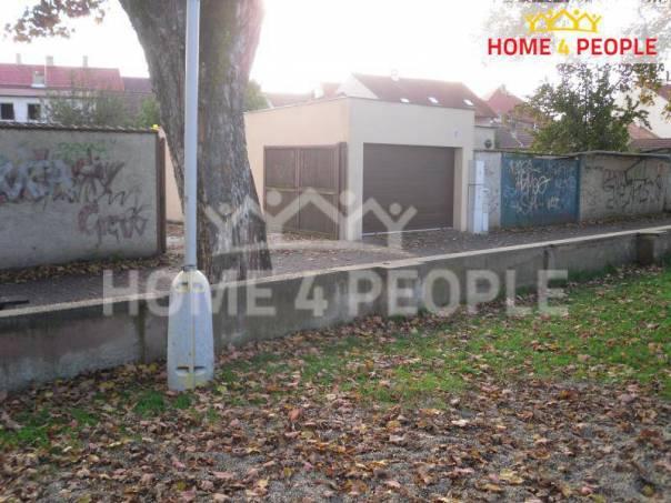 Pronájem garáže, Slaný, foto 1 Reality, Parkování, garáže | spěcháto.cz - bazar, inzerce