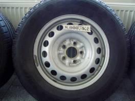 Hyundai Santa Fe OCEL+Good Year 225/70R16 , Náhradní díly a příslušenství, Osobní vozy    spěcháto.cz - bazar, inzerce zdarma