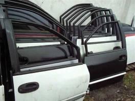 Chrysler Grand Voyager Přední dveře , Náhradní díly a příslušenství, Osobní vozy    spěcháto.cz - bazar, inzerce zdarma