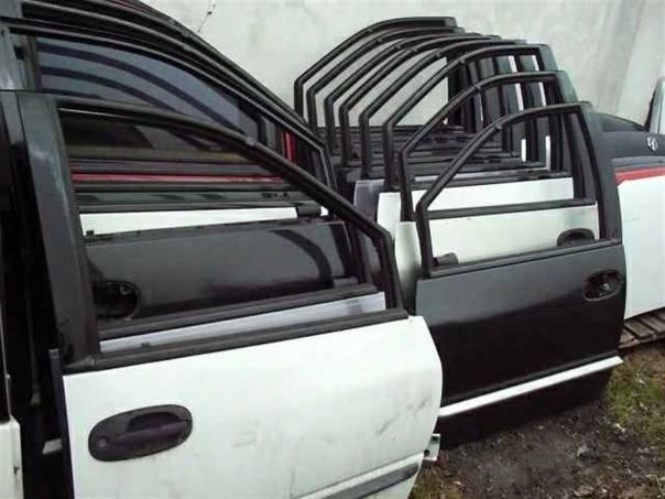 Chrysler Grand Voyager Přední dveře, foto 1 Náhradní díly a příslušenství, Osobní vozy | spěcháto.cz - bazar, inzerce zdarma