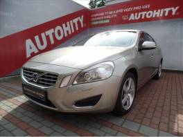 Volvo S60 2,4 D5 Summum, ČR, TOP