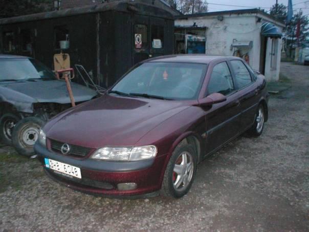 Opel Vectra 2.0i 16V CDX, foto 1 Auto – moto , Automobily | spěcháto.cz - bazar, inzerce zdarma