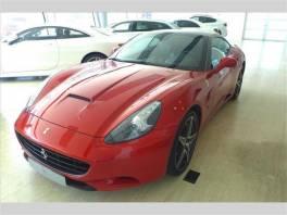 Ferrari California 4,3   F1 Nuovo Rosso
