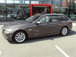 BMW Řada 5 525d xDrive Touring JAKO NOVÉ