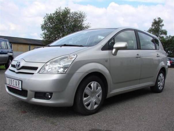 Toyota Corolla Verso 2,2D-4D Klima,SERVISKA,Tažné, foto 1 Auto – moto , Automobily | spěcháto.cz - bazar, inzerce zdarma