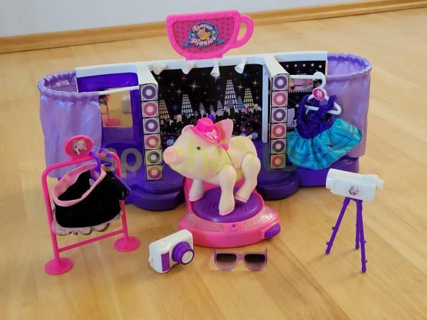 Prodám Teacup Piggies - přehlídkové molo, foto 1 Pro děti, Hračky | spěcháto.cz - bazar, inzerce zdarma