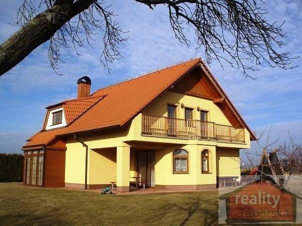 Prodej domu 6+kk, Bečváry, foto 1 Reality, Domy na prodej | spěcháto.cz - bazar, inzerce