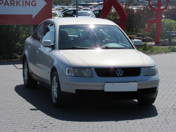 Volkswagen Passat  2.8, 2.maj,Serv.kniha,ČR, foto 1 Auto – moto , Automobily | spěcháto.cz - bazar, inzerce zdarma