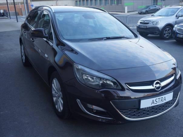 Opel Astra 2.0 CDTi  ST COSMO, foto 1 Auto – moto , Automobily | spěcháto.cz - bazar, inzerce zdarma
