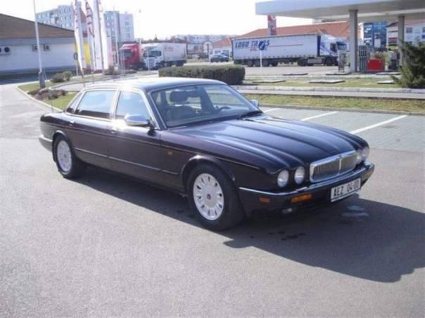 Jaguar Daimler DOUBLE SIX, foto 1 Auto – moto , Automobily | spěcháto.cz - bazar, inzerce zdarma