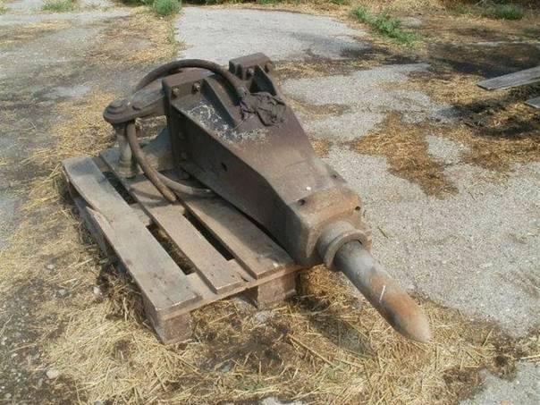 Búracie kladivo na JCB 4 CX, foto 1 Pracovní a zemědělské stroje, Pracovní stroje | spěcháto.cz - bazar, inzerce zdarma