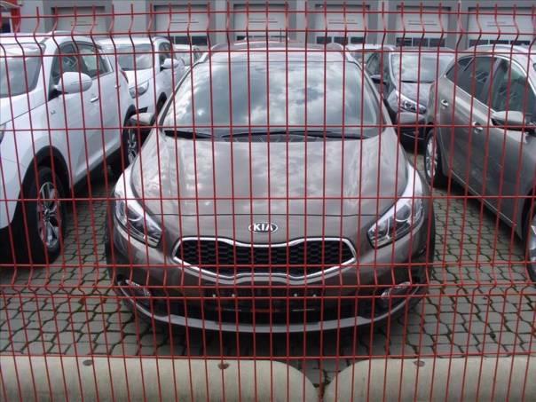 Kia Cee'd 1.6 SW CRDi COMFORT PLUS, foto 1 Auto – moto , Automobily | spěcháto.cz - bazar, inzerce zdarma