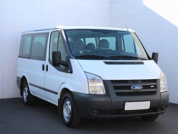 Ford Transit  2.2 TDCi, Serv.kniha, 9 míst, foto 1 Užitkové a nákladní vozy, Do 7,5 t | spěcháto.cz - bazar, inzerce zdarma