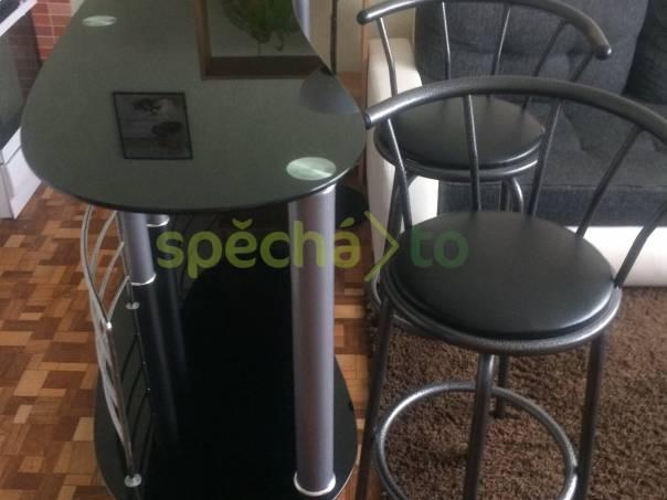 c1b80cf79d13 Skleněný barový pult + 2 barové stoličky