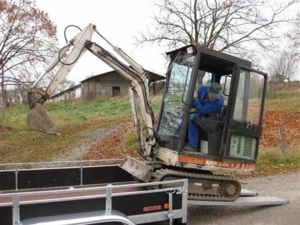 ZVB 2,7T 3,0/1,32-2, foto 1 Užitkové a nákladní vozy, Přívěsy a návěsy | spěcháto.cz - bazar, inzerce zdarma