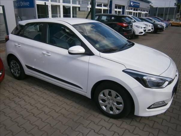 Hyundai i20 1.2i  16V FAMILY PLUS, paket CLUB, foto 1 Auto – moto , Automobily | spěcháto.cz - bazar, inzerce zdarma