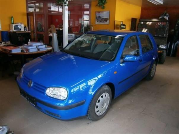Volkswagen Golf IV 1.4i 55kW Comfort Klima, foto 1 Auto – moto , Automobily | spěcháto.cz - bazar, inzerce zdarma