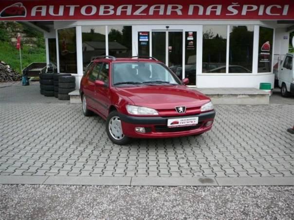Peugeot 306 1.4i 55 kW-EL.PŘEDNÍ OKNA-STŘE, foto 1 Auto – moto , Automobily | spěcháto.cz - bazar, inzerce zdarma