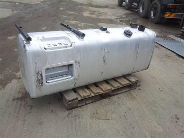 Palivová nádrž 700 l na, foto 1 Náhradní díly a příslušenství, Užitkové a nákladní vozy | spěcháto.cz - bazar, inzerce zdarma