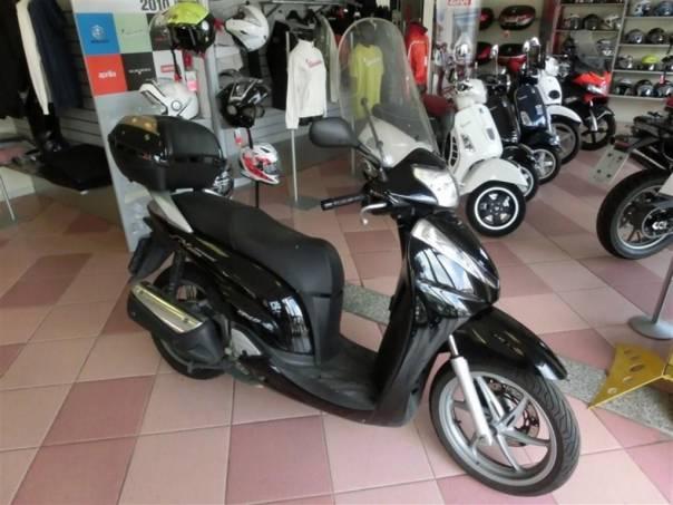 Honda SH SH 300i-TOP-VÝPRODEJ, foto 1 Auto – moto , Motocykly a čtyřkolky | spěcháto.cz - bazar, inzerce zdarma