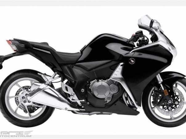 Honda VFR VFR1200F ABS Dual clutch 2013 AKCE, foto 1 Auto – moto , Motocykly a čtyřkolky | spěcháto.cz - bazar, inzerce zdarma