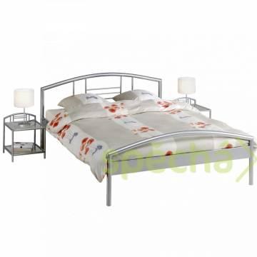 Kovová postel 200 2, rošt, matrace 5000,-, foto 1 Bydlení a vybavení, Postele a matrace | spěcháto.cz - bazar, inzerce zdarma