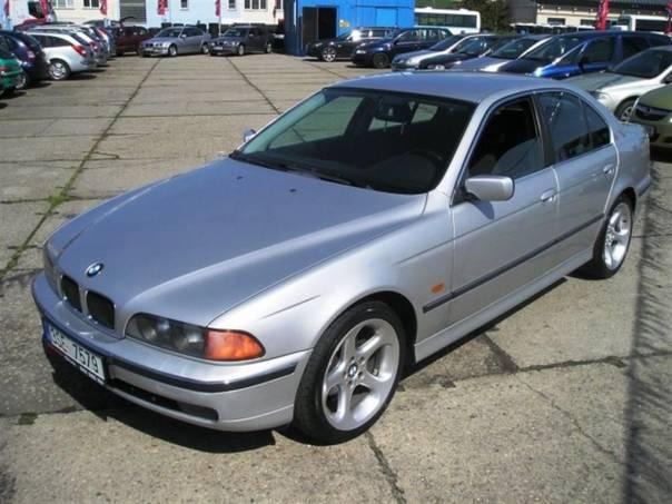 BMW Řada 5 520i TIPTRONIK KLIMA ALU 18, foto 1 Auto – moto , Automobily | spěcháto.cz - bazar, inzerce zdarma