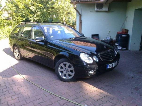 Mercedes-Benz Třída E E220 CDI 125kW AIRMATIC,  DPH, foto 1 Auto – moto , Automobily | spěcháto.cz - bazar, inzerce zdarma