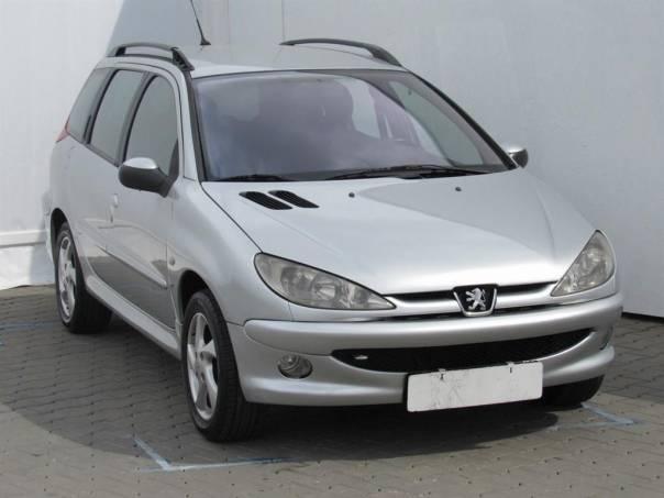 Peugeot 206  1.6, klimatizace, foto 1 Auto – moto , Automobily | spěcháto.cz - bazar, inzerce zdarma