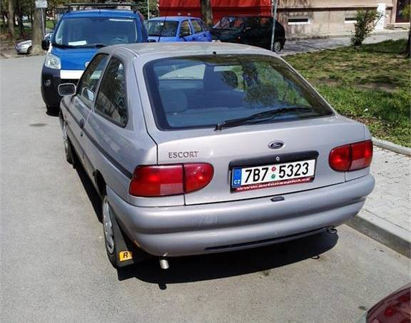 Ford Escort , foto 1 Auto – moto , Automobily | spěcháto.cz - bazar, inzerce zdarma