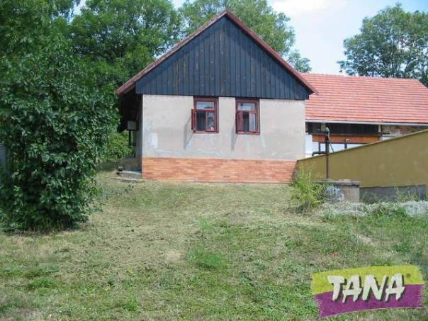 Prodej domu, Činěves, foto 1 Reality, Domy na prodej | spěcháto.cz - bazar, inzerce