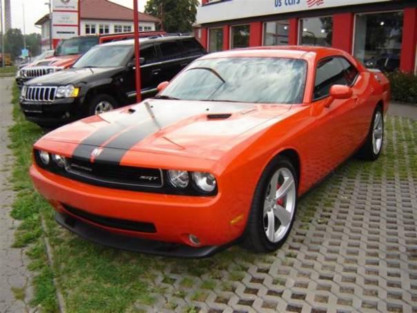 Dodge Challenger SRT8, foto 1 Auto – moto , Automobily | spěcháto.cz - bazar, inzerce zdarma
