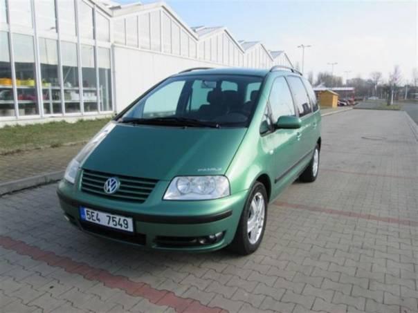 Volkswagen Sharan 1,8 T ALU, CLIMATRONIC, foto 1 Auto – moto , Automobily | spěcháto.cz - bazar, inzerce zdarma