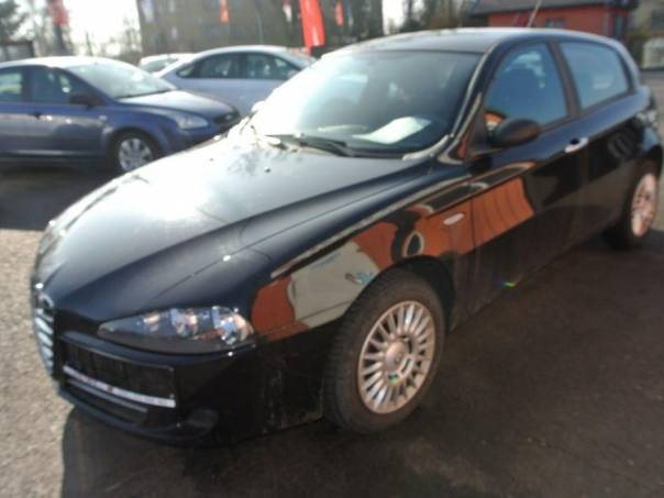 Alfa Romeo 147 1,6i 16v, foto 1 Auto – moto , Automobily | spěcháto.cz - bazar, inzerce zdarma