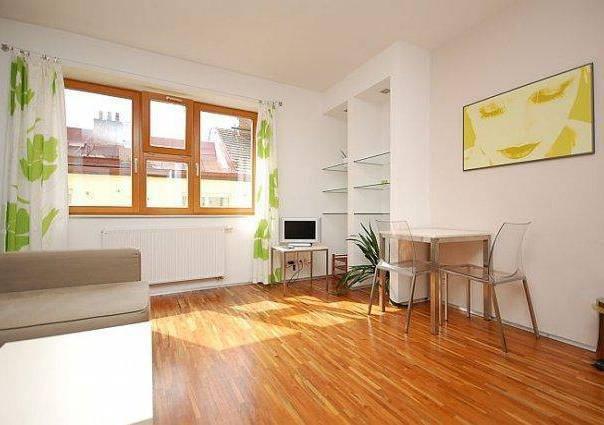 Pronájem bytu 2+kk, Praha - Smíchov, foto 1 Reality, Byty k pronájmu | spěcháto.cz - bazar, inzerce
