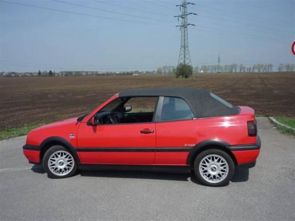 Volkswagen Golf 1.8i Kabrio 1.maj. Top stav,el, foto 1 Auto – moto , Automobily | spěcháto.cz - bazar, inzerce zdarma