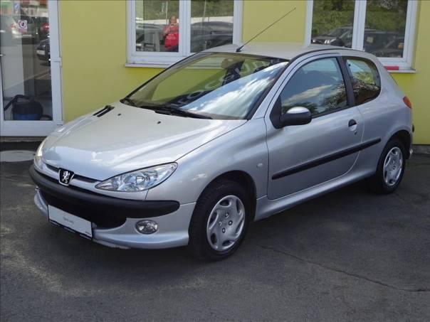 Peugeot 206 1,2 i, foto 1 Auto – moto , Automobily | spěcháto.cz - bazar, inzerce zdarma