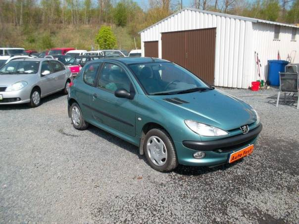 Peugeot 206 1.9D EKO.ZAPLACENO, ČR,SERVISKA, foto 1 Auto – moto , Automobily | spěcháto.cz - bazar, inzerce zdarma