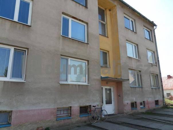 Prodej bytu 3+1, Černuc, foto 1 Reality, Byty na prodej | spěcháto.cz - bazar, inzerce