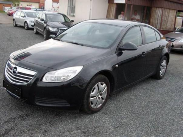 Opel Insignia 2,0 CDTi Edition, CZ, foto 1 Auto – moto , Automobily | spěcháto.cz - bazar, inzerce zdarma