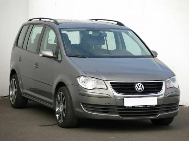 Volkswagen Touran 2.0 TDI, foto 1 Auto – moto , Automobily | spěcháto.cz - bazar, inzerce zdarma