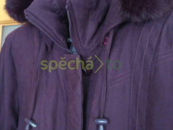 Dámská zimní bunda s kapucí, foto 1 Dámské oděvy, Bundy, kabáty | spěcháto.cz - bazar, inzerce zdarma