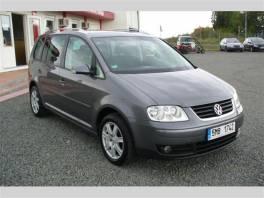 Volkswagen Touran 2.0 FSI 110kW,serviska,Aut.klima,10xAirbag , Auto – moto , Automobily  | spěcháto.cz - bazar, inzerce zdarma