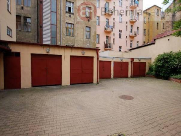 Pronájem garáže, Praha - Holešovice, foto 1 Reality, Parkování, garáže | spěcháto.cz - bazar, inzerce